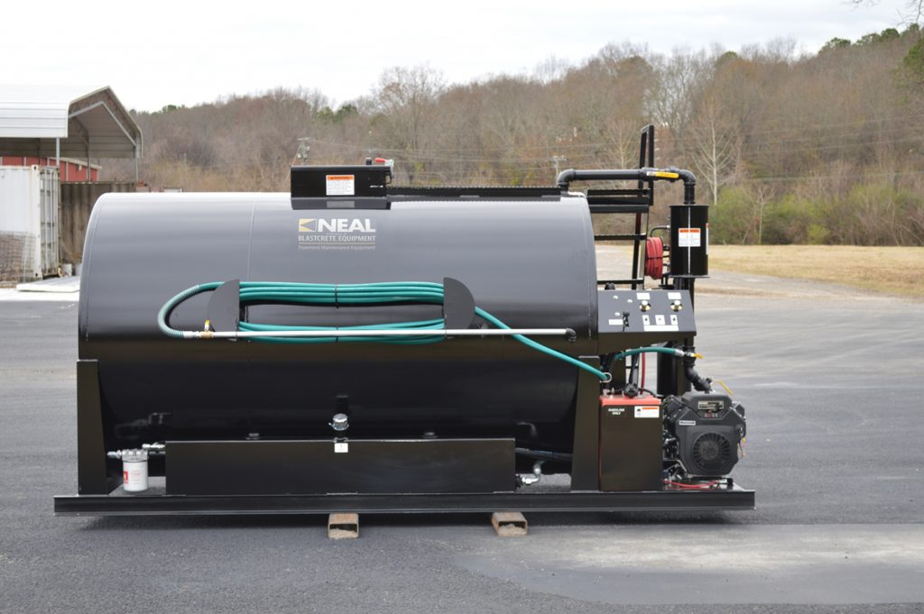 1,500 gallon sealcoat machine