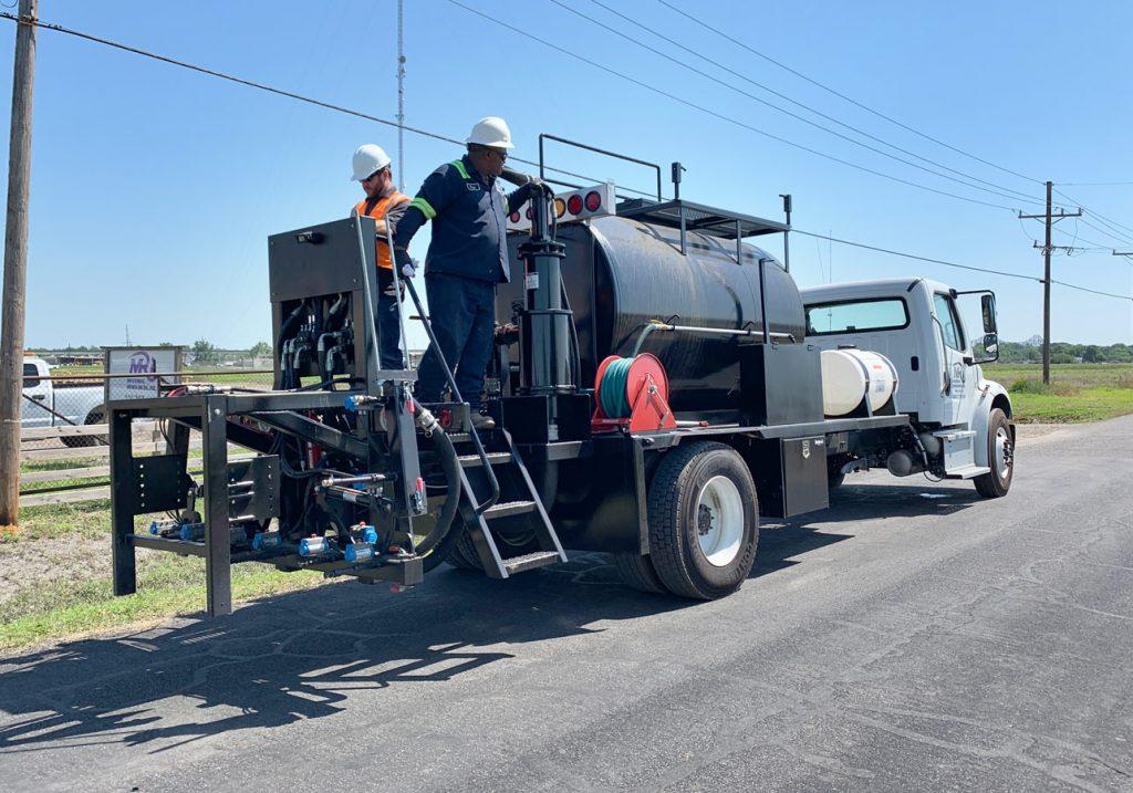 NEAL High Volume Sealcoat Truck